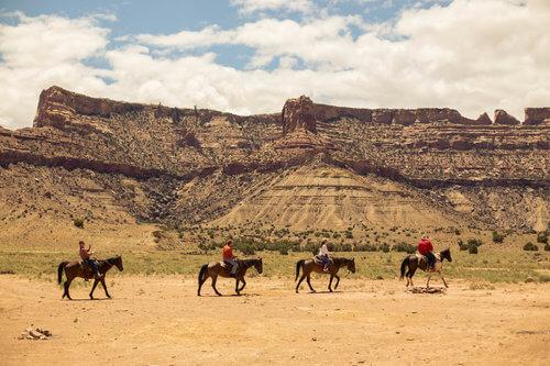 Oxbow Academy 10 Year Horse Ride